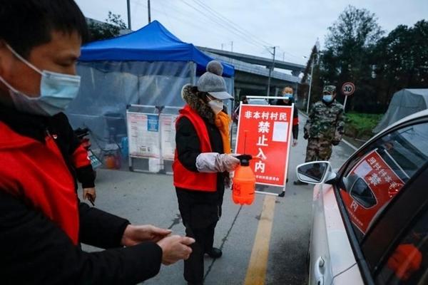 Trung Quốc tử hình kẻ sát hại nhân viên tình nguyện chống dịch Covid-19