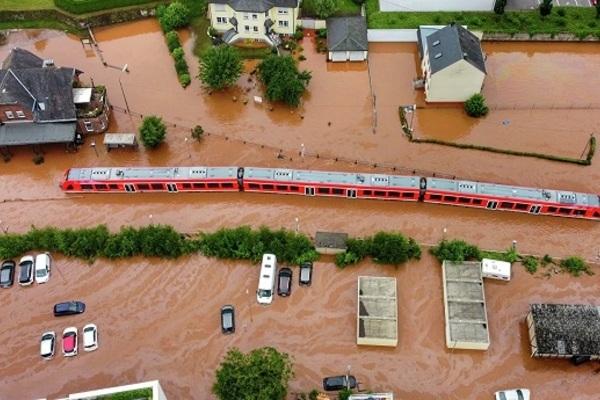 Lũ lụt chưa từng có tại Đức, nạn nhân thiệt mạng vượt quá 100 người