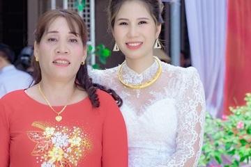 Hy hữu đám cưới mùa dịch: Cô dâu ở Việt Nam, chú rể ở nước ngoài online 'khoe' đám cưới