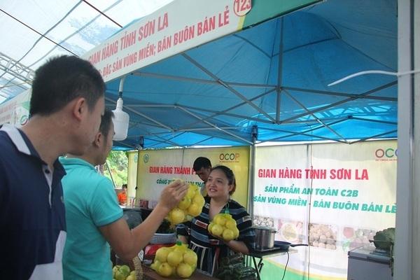 Khơi dậy tinh thần Việt qua cuộc vận động người Việt dùng hàng Việt