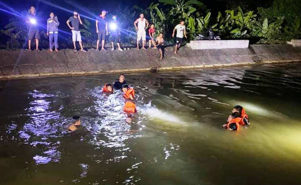 Rủ nhau tắm sông, 2 chị em họ đuối nước thương tâm