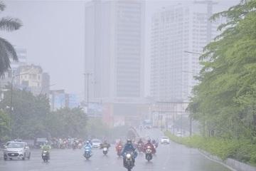 Miền Bắc giảm nhiệt mạnh, mưa dông diện rộng