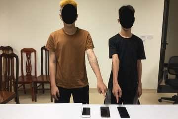 Cặp đôi thiếu niên bỏ học cùng nhau đi cướp điện thoại ở Hà Nội