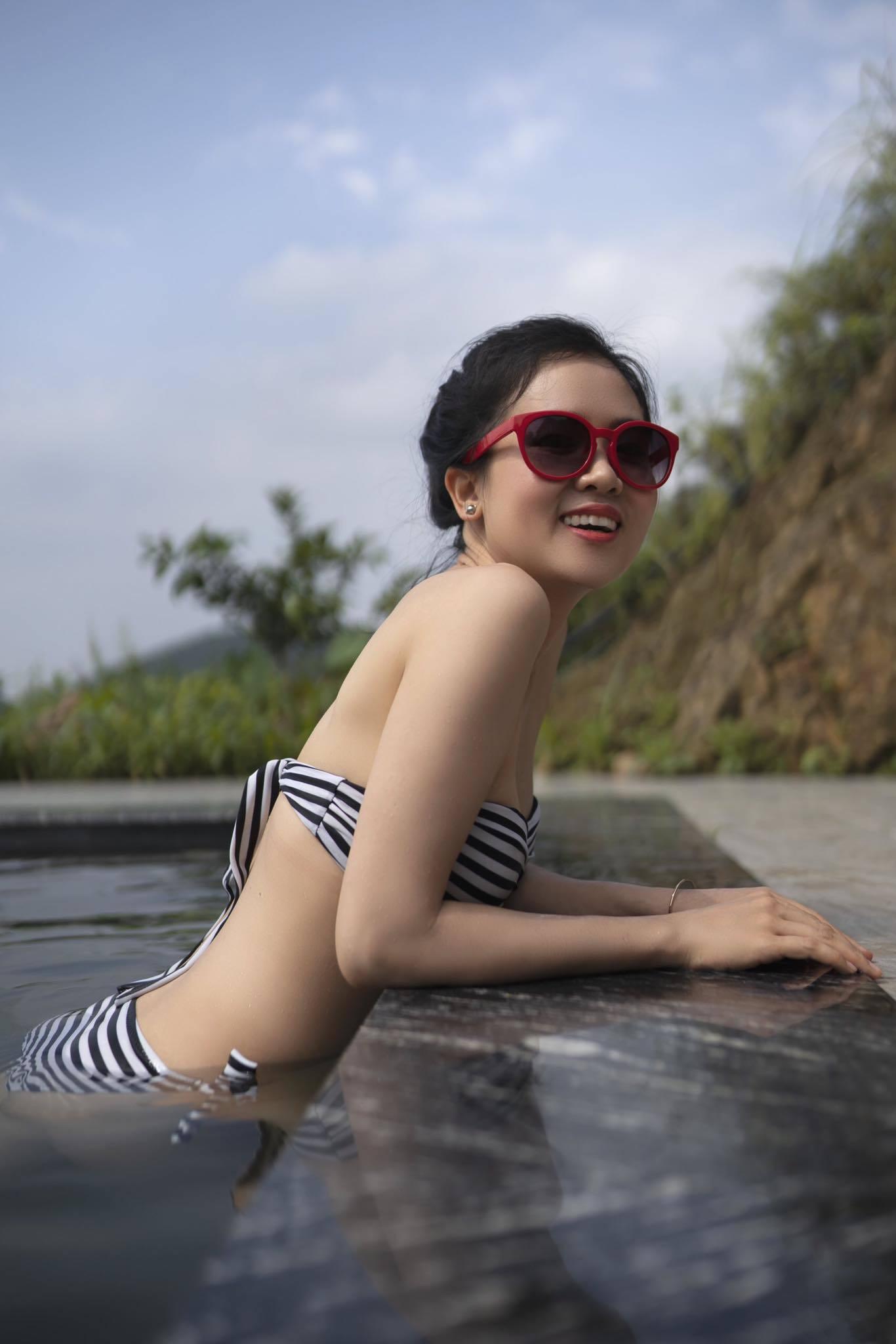 'Hot mom' U40 ở Hà Nội trẻ trung như gái đôi mươi khiến dân mạng kinh ngạc