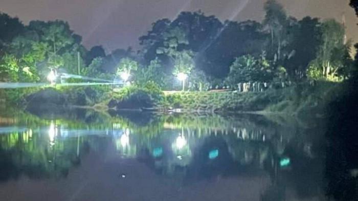 Phó trưởng Công an huyện và Trưởng phòng Văn hóa bị lật thuyền tử vong