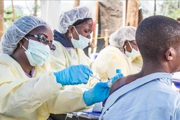 Uganda: Hơn 800 người bị lừa tiêm vắc-xin Covid-19 giả