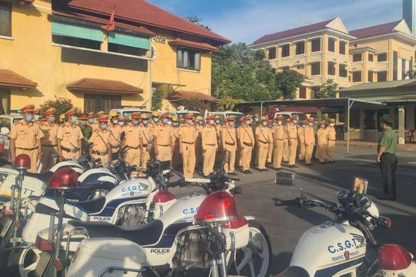 Thừa Thiên - Huế,Lực lượng CSGT,Đồng loạt ra quân,Tuần tra kiểm soát,Xử lý vi phạm,Giao thông