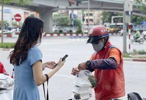 Chính thức cấm shipper giao hàng tại Hà Nội
