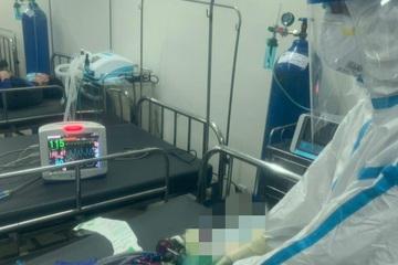 Cấp cứu thành công bệnh nhân Covid-19 bị nhồi máu cơ tim ở BV dã chiến