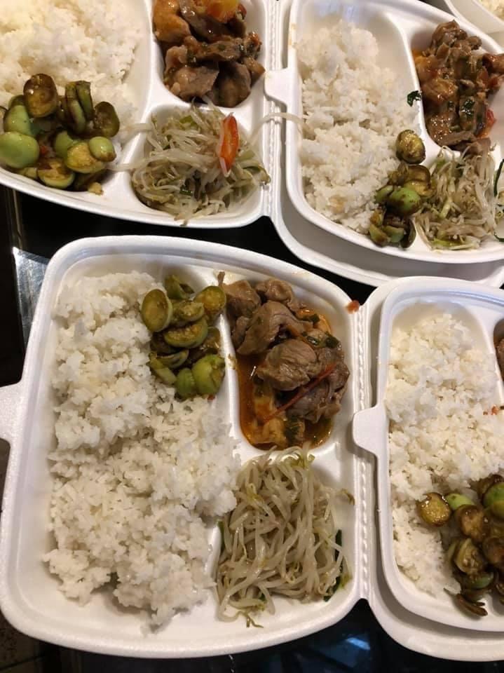 Triệu bữa cơm nghĩa tình giúp người khó khăn vượt qua đại dịch