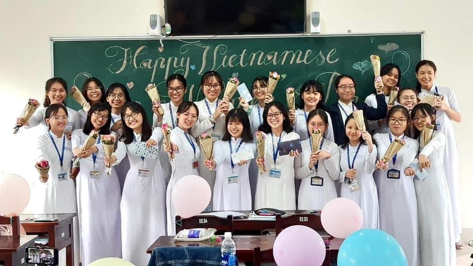 nữ sinh 10 điểm Văn,điểm thi tốt nghiệp THPT 2021,Nguyễn Lê Thiên Nghi