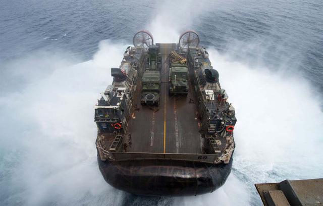 Mỹ,Nga,tàu đổ bộ,UAV,máy bay tấn công
