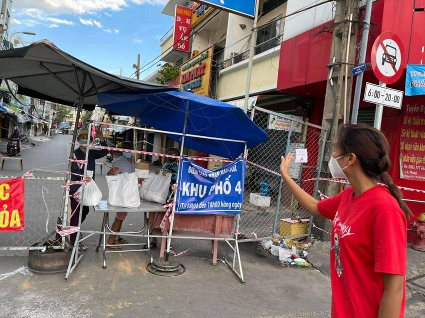 Những sao Việt có hành động ấm áp mùa dịch khiến dân mạng thực sự cảm động