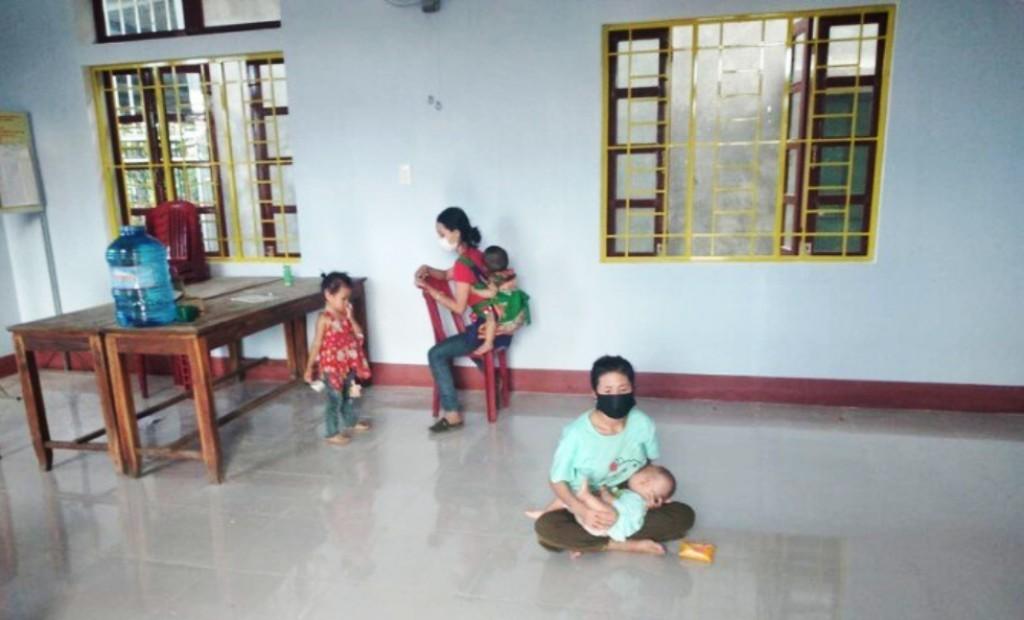 Nghệ An: 5 mẹ con bị 'bỏ quên' ở Huế đã về đến quê an toàn