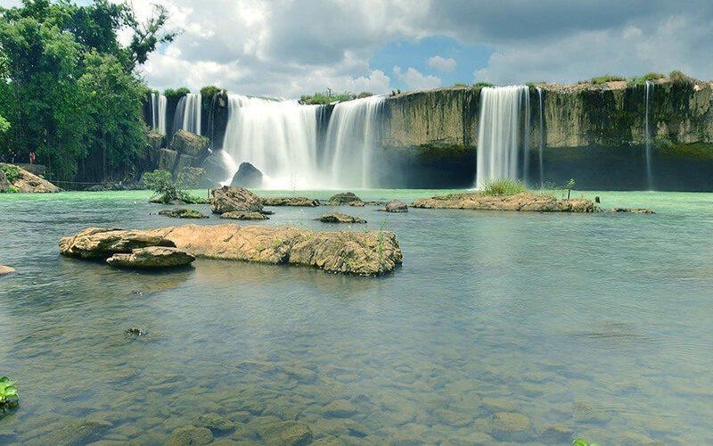 Đắk Lắk ưu tiên tập trung phát triển ngành dịch vụ du lịch