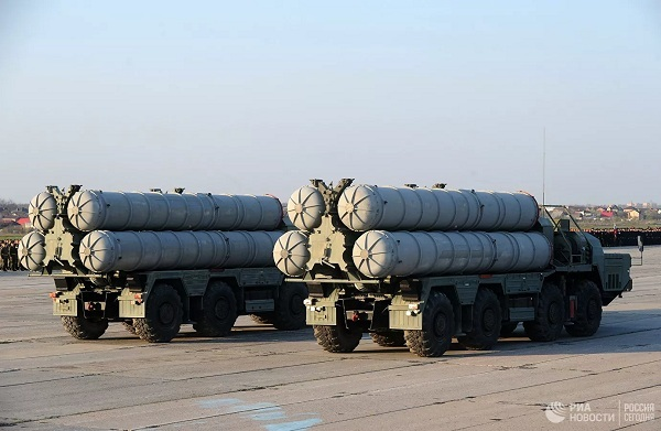 Mỹ 'lo lắng' về thỏa thuận giữa Nga và Ấn Độ về S-400