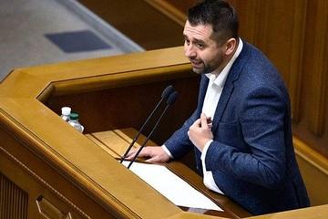 Nghị sĩ Ukraine 'hối tiếc' khi từ bỏ vũ khí hạt nhân