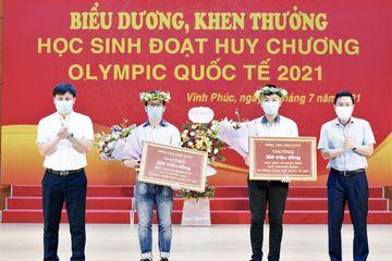 Vĩnh Phúc thưởng hơn 1 tỷ đồng cho thầy trò có huy chương Olympic quốc tế năm 2021