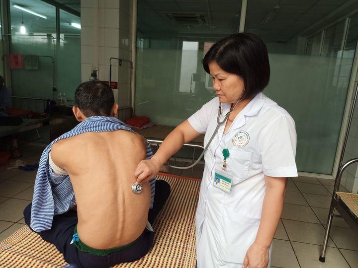 Cảnh báo gia tăng bệnh nhân COPD vì thuốc lá