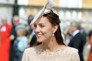 Hé lộ bí mật đồ trang sức của Công nương Kate Middleton