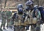 Quân đội Mỹ phát triển đồ bảo hộ thông minh ngăn chặn SARS-CoV-2