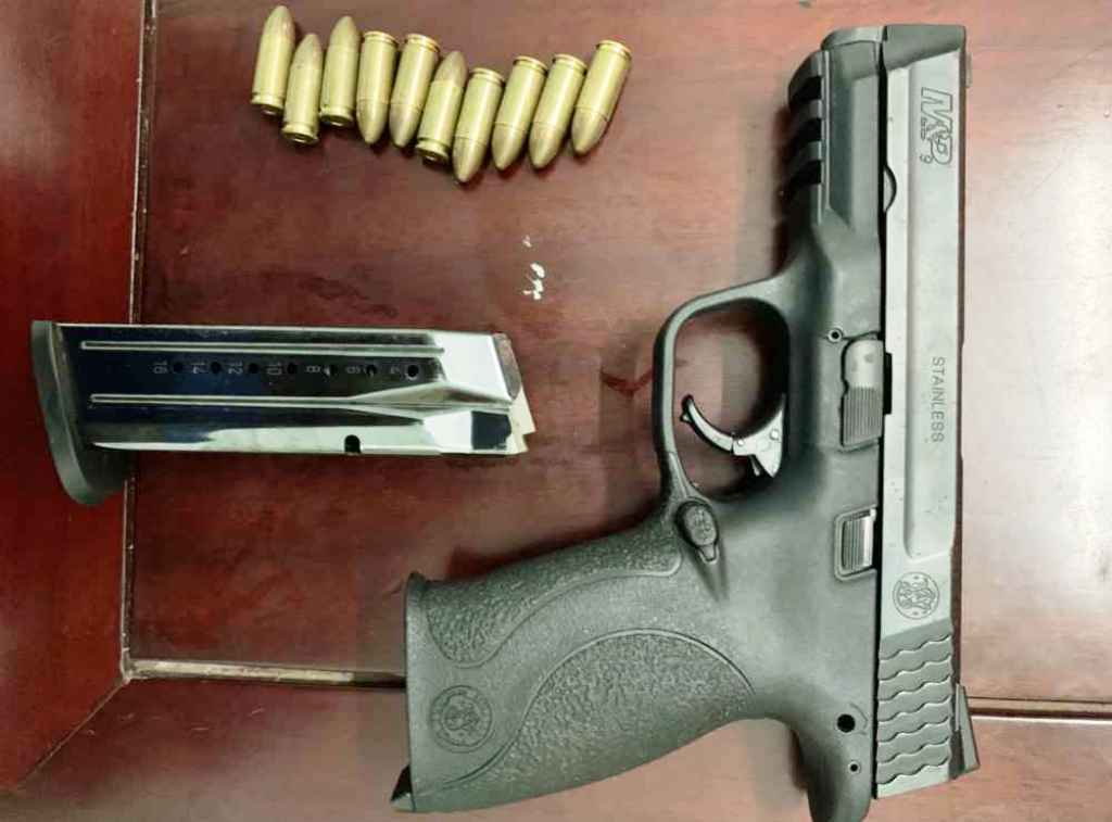 Tóm gọn 2 đối tượng cộm cán về ma túy, thu khẩu súng quân dụng cùng 10 viên đạn