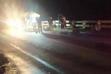 Chạy xe máy về quê, 4 người trong gia đình gặp tai nạn