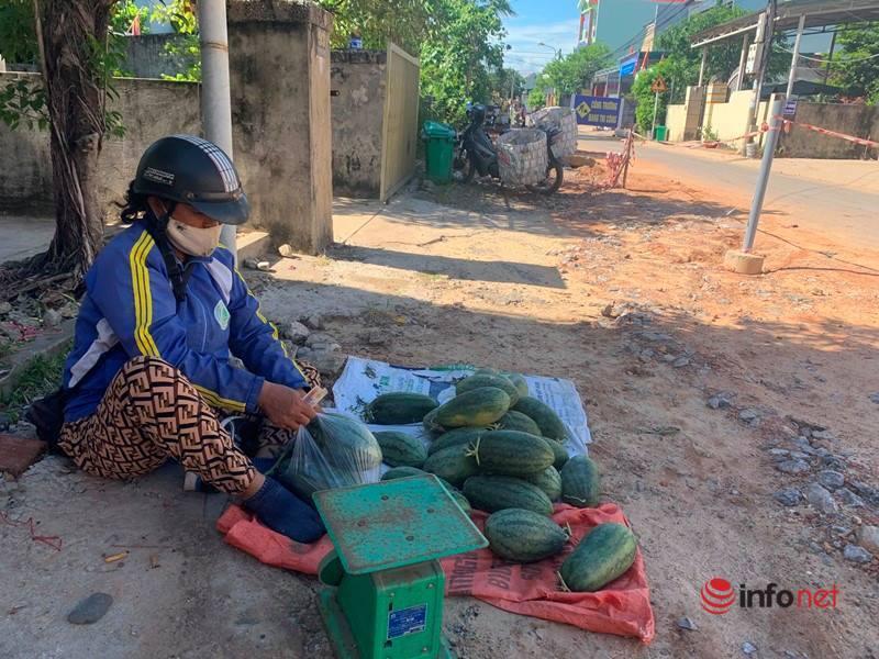 Quảng Bình: Tiền tỷ xây chợ, bỏ hoang gần chục năm