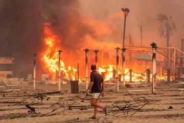 Cháy rừng trong thời tiết nắng nóng lịch sử ở Địa Trung Hải