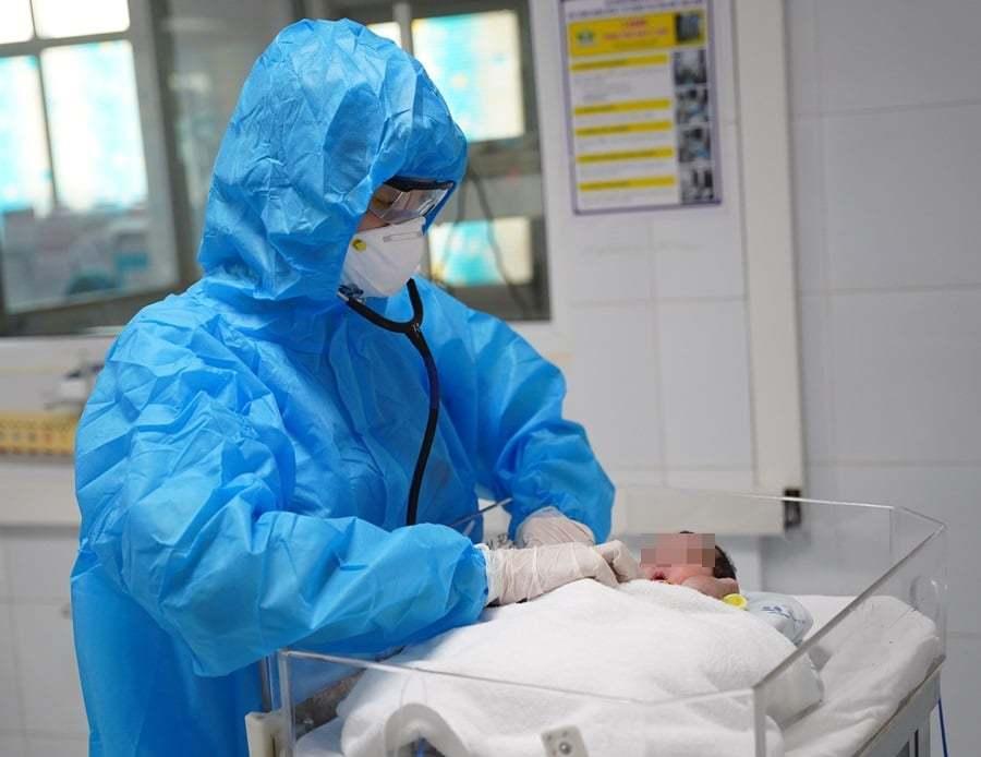 Bệnh viện Nhi Trung ương cảnh báo gia tăng trẻ nhỏ mắc Covid-19