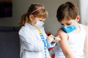 Nhiều quốc gia bắt đầu tiêm vắc-xin Covid-19 cho thanh thiếu niên