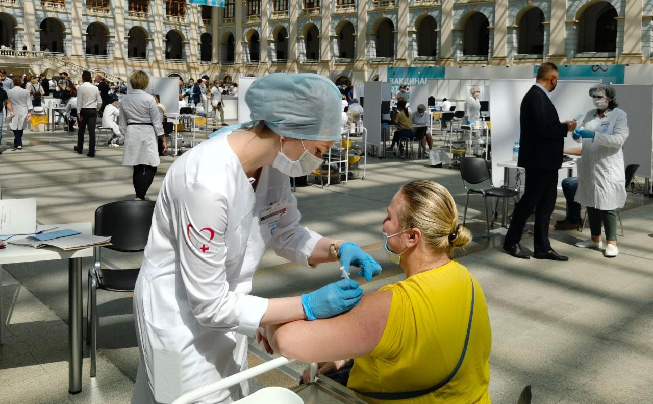 Nhiều nước châu Âu thay đổi chiến lược tiêm vắc-xin Covid-19?