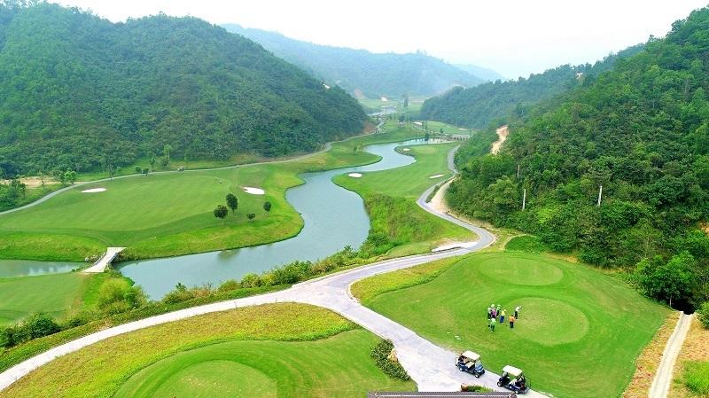 Hilltop Valley Golf Club - sân golf có địa hình khó và đẹp bậc nhất Việt Nam
