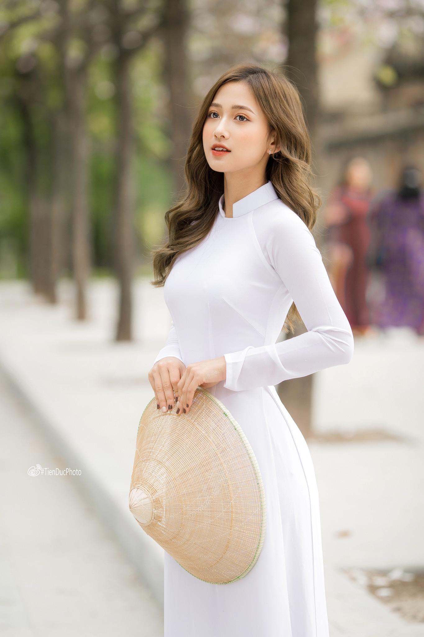 Bật mí về cô gái ngọt ngào trong MV Sai cách yêu đang 'làm mưa làm gió' trên Youtube