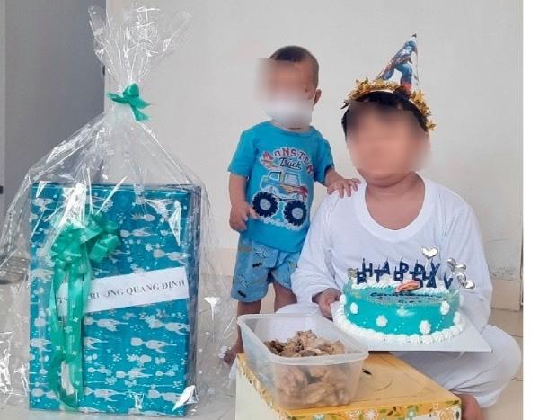 Sinh nhật đặc biệt của F0 9 tuổi ở bệnh viện dã chiến