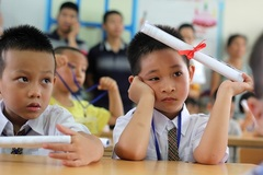 Phụ huynh lo ngại học sinh lớp 1 khó tựu trường ngày 23/8, Bộ GD&ĐT nói gì?