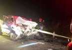 Tai nạn kinh hoàng trên quốc lộ, xe bán tải bẹp dúm, 4 người thương vong