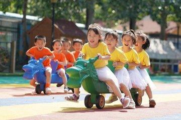 Nhiều hơn nữ giới gần 35 triệu người, đàn ông Trung Quốc khó lấy được vợ