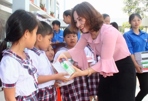 Quỹ khuyến học tỉnh Quảng Ninh vượt mục tiêu 70 tỷ đồng