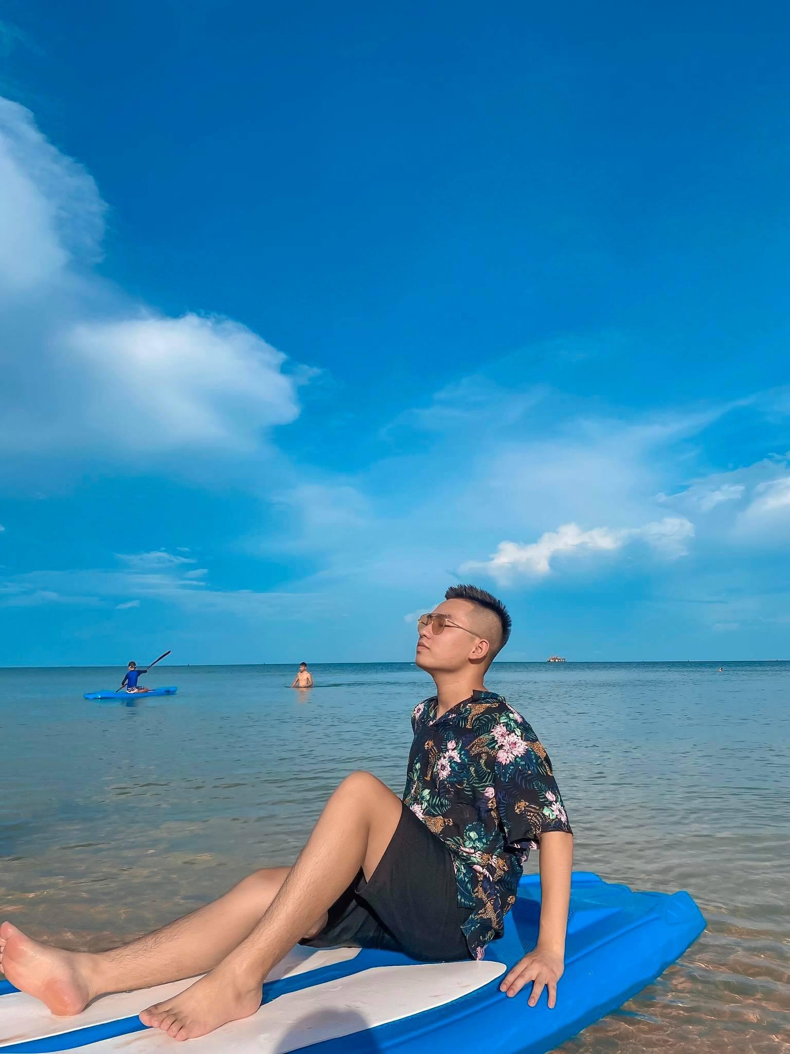 Bị 'bó chân' mùa dịch, anh chàng Blogger du lịch điển trai càng chuyên tâm học hỏi đợi ngày bùng nổ