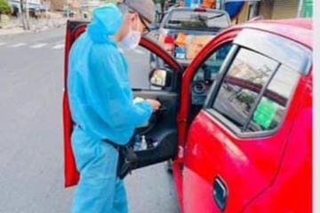 Tình nguyện viên chở bình oxy tới nhà F0 có những hôm làm tới 4h sáng