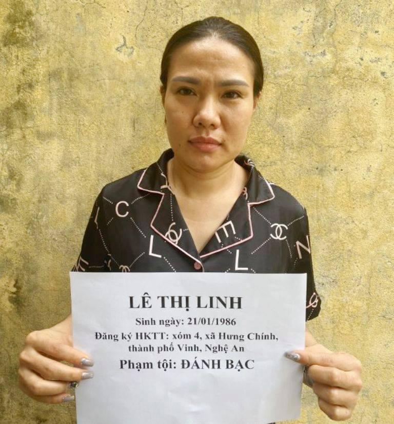 Nghệ An: Triệt phá ổ nhóm đánh bạc toàn nữ giới, bắt giữ 17 đối tượng