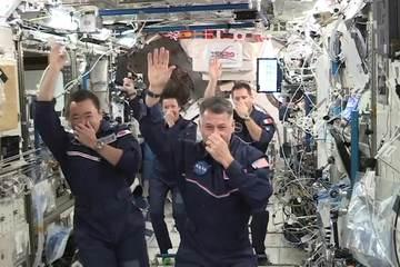 Phi hành gia Trạm ISS lần đầu tiên tổ chức 'thế vận hội không gian'