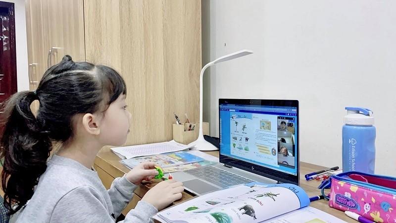 Tận dụng 'thời gian vàng' học trực tiếp cho học sinh lớp 1, hạn chế học online