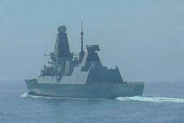 Bộ Quốc phòng Nga hé lộ chi tiết vụ đánh chặn tàu khu trục Anh ở Biển Đen