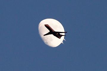 Mỹ sẽ sản xuất máy bay an toàn cho hành tinh