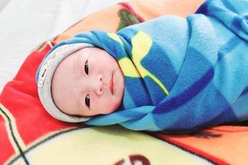 Mổ cấp cứu bắt con cho hai sản phụ mắc Covid-19 suy hô hấp