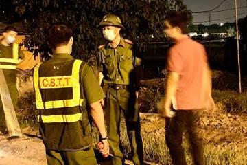 Mang bom xăng và hung khí nguy hiểm đi đánh nhau, 15 thanh niên bị tạm giữ, 5 đối tượng đang bị truy bắt