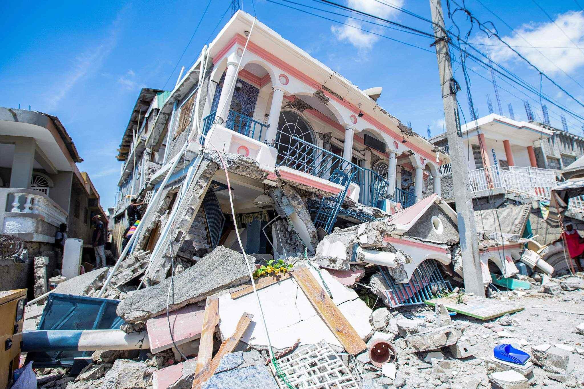 Số người thiệt mạng trong trận động đất ở Haiti vượt quá 700
