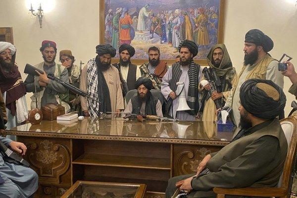 Phản ứng của Nga – Trung giữa lúc Mỹ tăng tốc sơ tán công dân khỏi Afghanistan